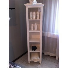 Gustavian bathroom cabinet with shelves