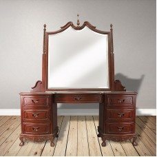 English Chippendale 1700s dressing table